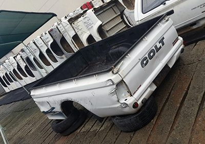 Colt 2005 Bin with Tailgate