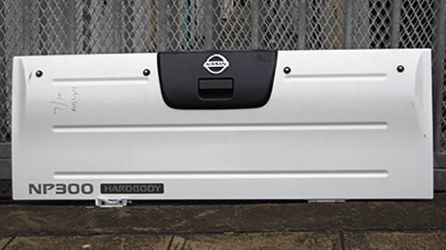 Nissan Double Cab Tailgate 2005/2013-1