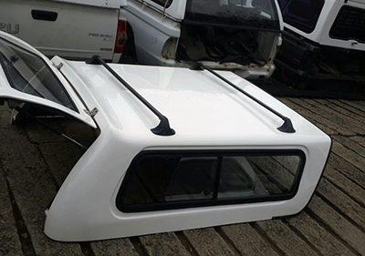 Nissan NP200 Low Spec Canopy Half Door 4